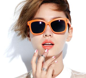 선글라스에 어울리는 립스틱&네일