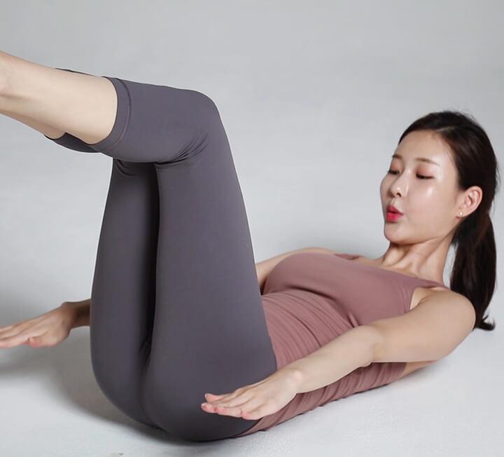 추석 뱃살 걷어내는 핵쉬운 운동 3