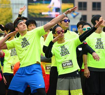 핫 피플, 러닝 그리고 열정 젊은 러너들의 축제, 2014 NIKE WE RUN SEOUL