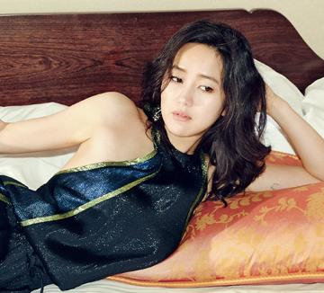 사랑을 기다리는 여배우 윤진서 인터뷰