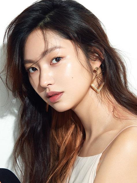 SUPER FACE, 배우 최유화