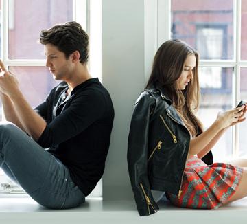 스마트폰과 인터넷이 연애에 미치는 영향
