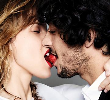 섹스보다 짜릿한 키스 노하우