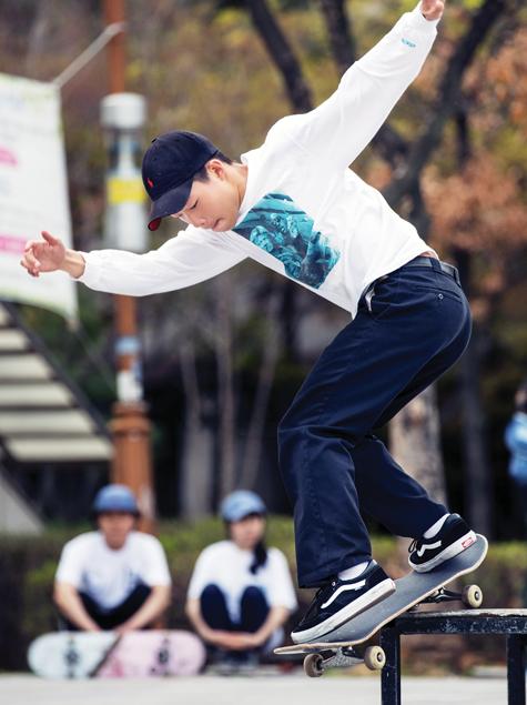 멋진 남자는 운동을 한다 : 스케이트보드, 축구편