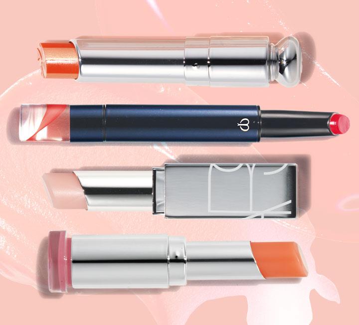 건조한 입술에 촉촉함을 더하고 선명한 발색까지 연출하는 컬러 립 밤. ::뷰티, 립밤, 립제품, 발색, 립스틱, 메이크업, 뷰티아이템, 코스모폴리탄, COSMOPOLITAN
