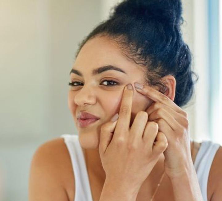 여자라면 누구나 겪는 짜증나는 피부 트러블과 그 해결방법.