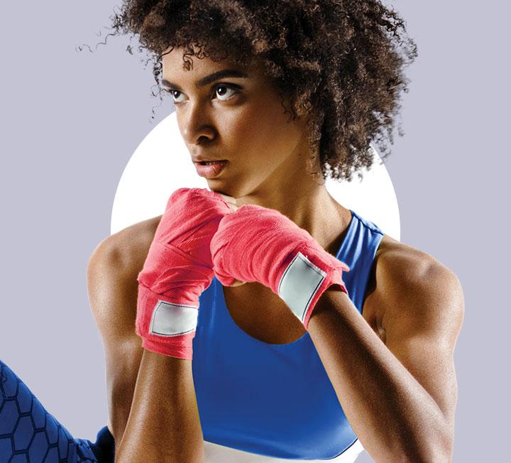 경직된 몸과 마음을 이완하는 데 좋은 요가, 에너지 소모량이 많아 운동 효과가 큰 복싱. 이 2가지 운동을 함께 한다면? ::보디, 헬스, 운동, 요가, 복싱, 요가복스, 코스모폴리탄, COSMOPOLITAN
