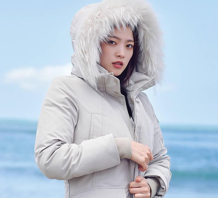 배우 천우희가 드라마 <아르곤>의 '이연화'와 작별 인사를 하기에 발리는 더할 나위 없이 완벽했다. 가을의 서늘한 공기는 잠시 잊어도 좋을, 천우희의 따뜻한 하루.
