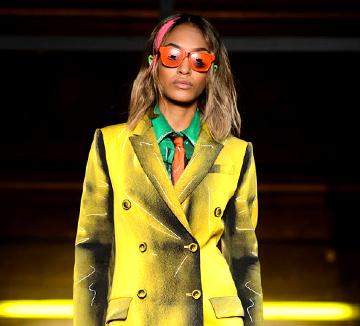 남자 옷 애정하는 패션 에디터가 런던에서 열리고 있는 2016 F/W 맨 컬렉션에서 발견한 룩들.