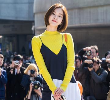 지난 3월, 서울 DDP에서 열린 서울패션위크! 쇼에 서기위해 동분서주 바쁜 모델들의 룩을 코스모 카메라가 포착했다. ::패션위크, 서울패션위크, 모델, 모델룩, 스타일, 유행, 패션, 아이템, 패션아이템, 코스모폴리탄, COSMOPOLITAN