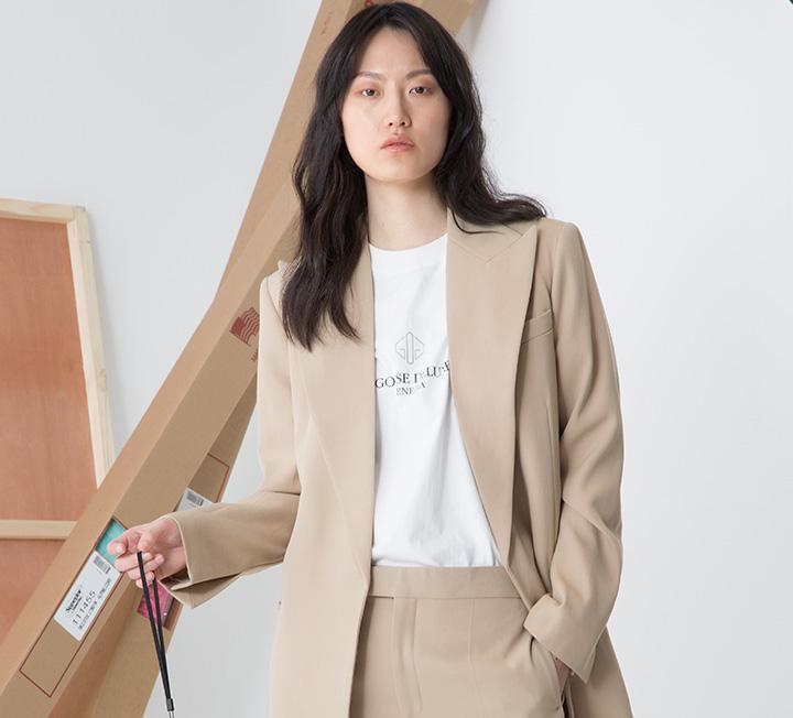 남다른 취향으로 자신만의 스타일을 보여주는 패션계의 크리에이터들! 각기 다른 직업을 가진 그녀들이 감각적인 시선으로 풀어낸 작업을 들여다봤다.