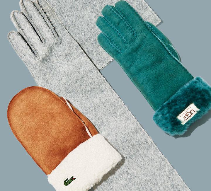 혹한에도 체온을 유지하기 위해선 두껍게 껴입는 것보다 추위에 노출된 피부를 덮는 것이 더 중요하다. 장갑, 머플러, 모자, 퍼 슈즈 등 머리부터 발끝까지 보온 효과를 주는 동시에 스타일 지수를 높여줄 쇼핑 리스트를 정리했다. ::패션, 겨울아이템, 장갑, 쇼핑, 코스모폴리탄, COSMOPOLITAN