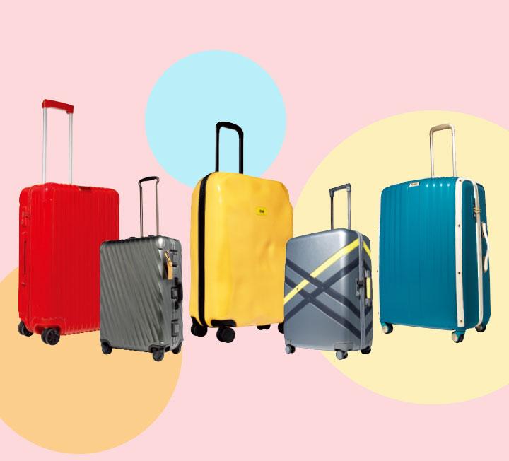 여행지로 향하는 설렘까지 함께 담을 수 있는 러기지, 뜨거운 나라로 떠난다면 빼놓을 수 없는 선드레스와 쇼츠, 편한 발걸음을 선사하는 플랫 슈즈 등 여행을 떠날 때 꼭 필요한 아이템을 선별했다. 패션 인사이더 5명이 스타일링 팁도 알려주니 이제 짐을 챙겨 떠나기만 하면 된다. ::패션, 스타일, 스타일링, 러기지, 트렁크, 여행패션, 코스모폴리탄, COSMOPOLITAN