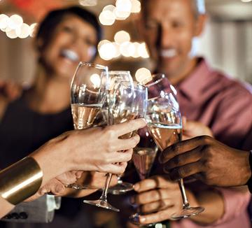 3, 2, 1! Happy New Year! 제야의 종소리가 울려 퍼지는 그 시간, 혼자이기 싫은 당신이 있어야 할 곳. ::2017, 정유년, 해피뉴이어, 제야의종, 카운트다운, 쉐라톤, 디큐브시티호텔, 포시즌스호텔, 롯데호텔, 그랜드힐튼호텔, 코스모폴리탄, COSMOPOLITAN