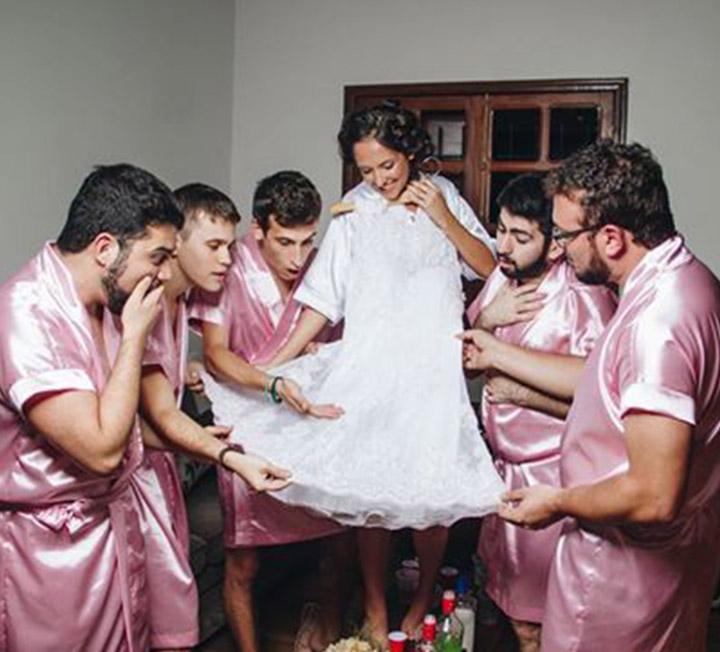 2017년을 달구었던 웨딩 사진들. 모두 '해피엔딩'이길. ::연애, 결혼, 결혼식, 해외 결혼, 웨딩, 이색 웨딩, 들러리, 웨딩 사진, 코스모폴리탄, COSMOPOLITAN