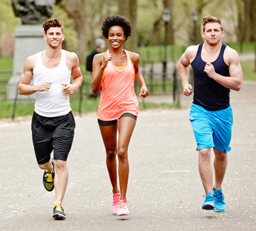 달리기와 섹스는 생각보다 깊은 연관성을 지니고 있다. 불꽃 같은 섹스를 할 수 있게 해줄 달리기의 놀라운 효능을 소개한다. ::달리기, 섹스, 연관성, 자신감, 체력향상, 성욕, 기분, 코스모폴리탄, COSMOPOLITAN