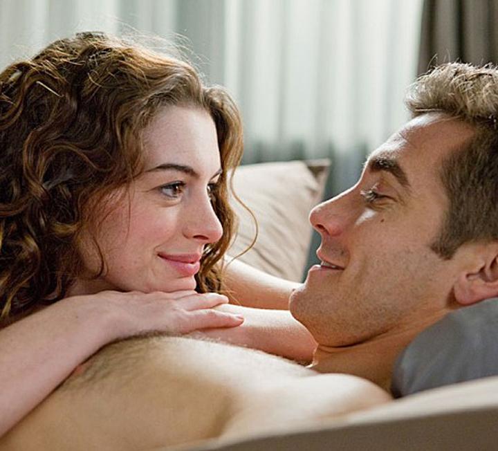러닝타임이 너무 긴 영화는 힘들다.반면 너무 짧은 영화는 허무하다.섹스도 마찬가지.남자의 섹스 시간을 적절하게 연장시켜주는 방법은 없을까. ::연애, 데이트, 섹스, 러닝타임, 요가, 호흡법, 코스모폴리탄, COSMOPOLITAN