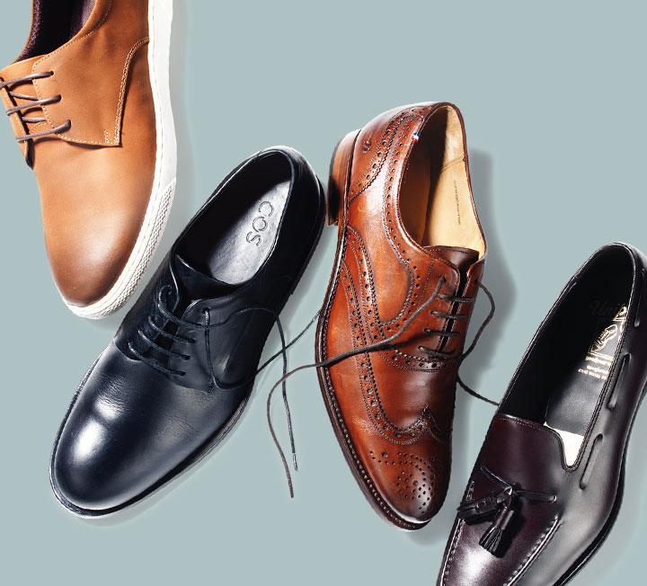 슈트의 마무리는 슈즈다. 가장 기본이 되는 블랙 옥스퍼드 슈즈부터 브라운 윙팁, 클래식 벅스와 로퍼까지, 신발장에 하나씩 있으면 어떤 룩을 입어도 자신감을 배가할 수 있을 듯.::슈즈, 윙팁, 벅스, 로퍼, 구두, 신발, 남자신발, 패션, 코스모폴리탄, COSMOPOLITAN::